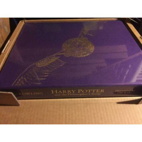 Harry Potter and Philosopher's Stone DLX illustrated book
